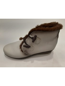 WOMAN LEATHER BOOTS ICE COLOUR